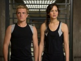 [Review] The Hunger Games: Catching Fire with Marcey and Bea