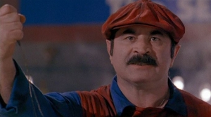 Bob-Hoskins-as-Super-Mario-560
