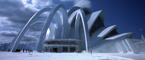 Die_Another_Day_-_Arrival_at_Grave's_Ice_Palace