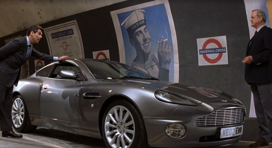 Q_demonstrates_the_Aston_Martin_Vanish_(Die_Another_Day)