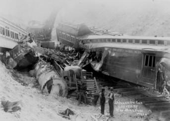 195_train_wreck