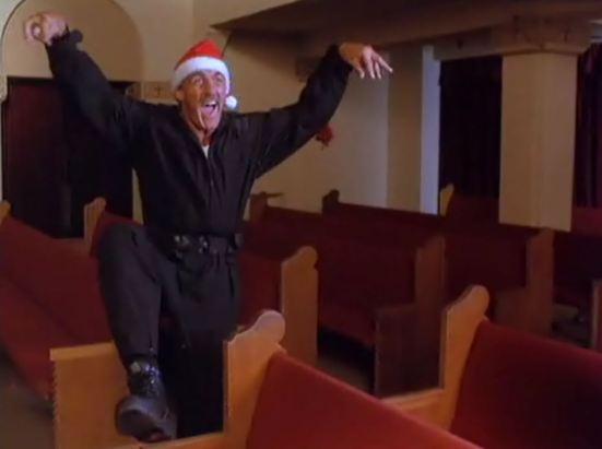 santa-with-muscles-screen-cap