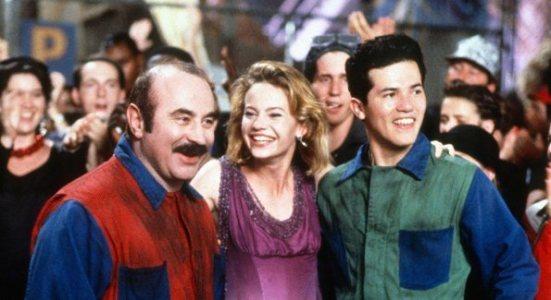 super-mario-bros-movie-bob-hoskins-and-john-leguizamo
