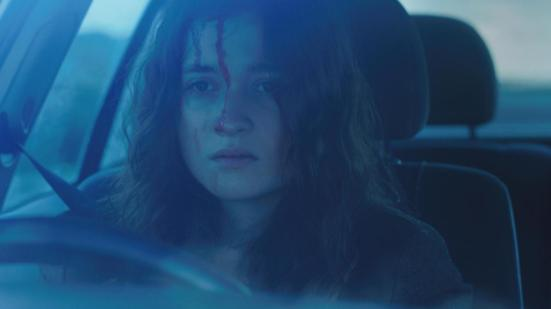 alice-englert-in-fear-2013