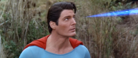 superman-blue-eyebeams-in-iv